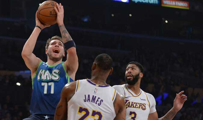 Dallas se impuso a los Lakers 114-100 l Foto: Cortesía