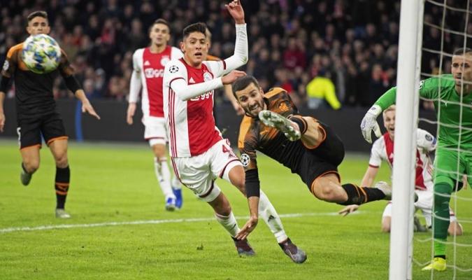 Valencia deja al Ajax sin Champions / Foto: EFE