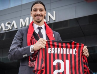 Ibrahimovic tendrá un contrato por seis meses/ Foto @acmilan