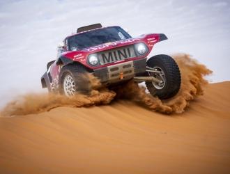 Sainz acabó segundo la etapa entre Hail y Riad / Foto: Cortesía