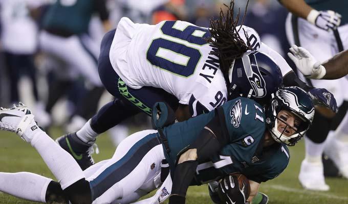 La liga quiere envitar golpes en la cabeza / Foto: AP