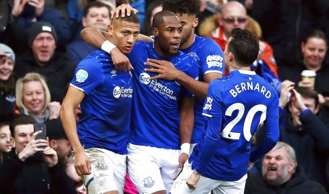 Everton se acerca a puestos europeos / Foto: AP