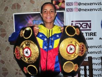 Rivas ganó recientemente el título supergallo / Foto: Cortesía David Urdaneta
