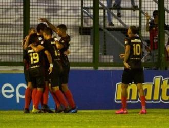 Con esta victoria se afianzan en el liderato del torneo / Foto: Cortesía