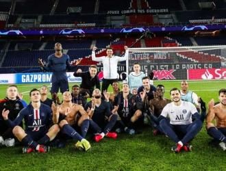 Los jugadores hicieron el gesto del jugador / Foto: Cortesía