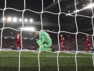 El club inglés hizo dicho ajuste / Foto: AP