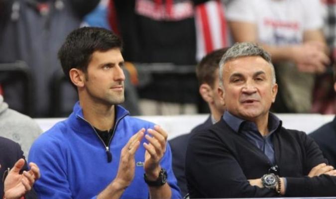 Dimitrov fue el primero en ser detectado con Covid-19 y por esto el padre de Djokovic lo culpa / fot