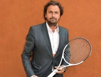 El finalista individual en Roland Garros en 1988 en una entrevista en Ouest-Francia, uniéndose al s