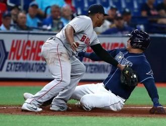 En parte, la MLB experimentará con la regla este año para prevenir que los duelos maratónicos pro