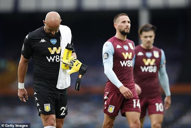 El Aston Villa tiene dos partidos para intentar salvarse /Foto cortesía