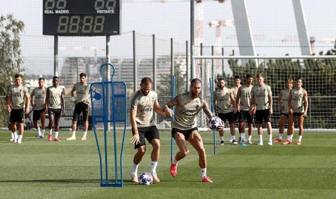 Madrid se prepara para remontar en Manchester / foto cortesía