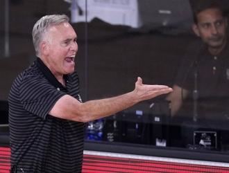 El entrenador estuvo cuatro años con el quinteto| AP
