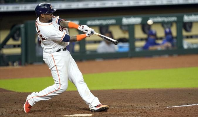 Astros dominan a los Rangers / foto cortesía