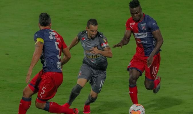 El volante oriental destacó a su equipo  Fotografías Prensa Caracas FC (@Caracas_FC)