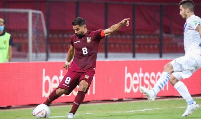 Tomás Rincón es el capitán | TW: @SELEVINOTINTO