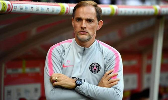 El entrenador mantiene tensas relaciones en las últimas semanas con el director deportivo del club