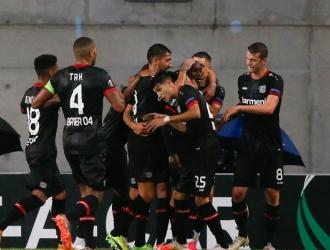Bayer Leverkusen consigue la segunda victoria | AP