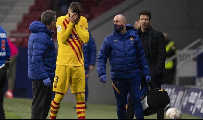 Pique se retiró al 62' del partido contra el Atlético / foto cortesía