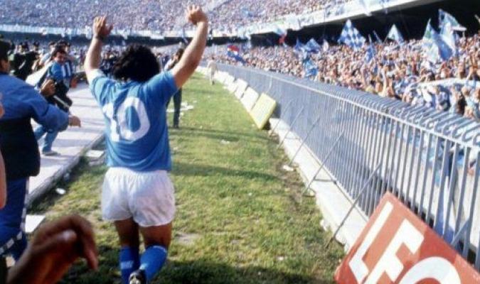 Maradona es el máximo ídolo del Napoli