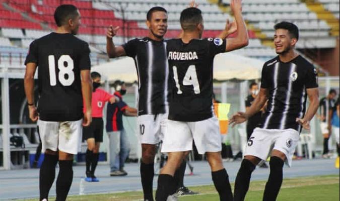 Los locales vencen al puntero | Foto: Prensa Zamora