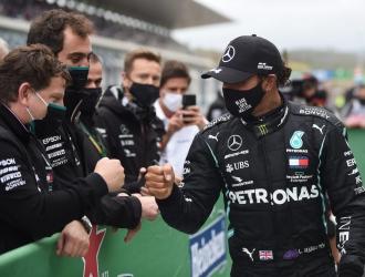 Hamilton, que al lograr su décimo triunfo del año en Turquía/Foto cortesía