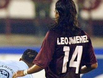 Jiménez defendió a la camiseta patria en 74 ocasiones  Archivo de Agencias