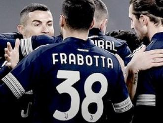 El equipo celebró el triunfo y la proeza del portugués| @JuventusFC