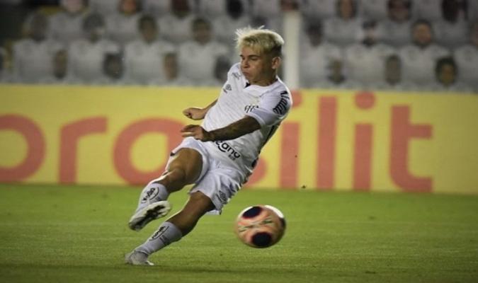 El '10' guió al club hacia la final de la Libertadores