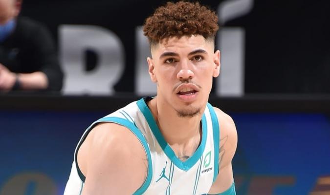Es el líder ofensivo entre los novatos en la actual temporada de la NBA