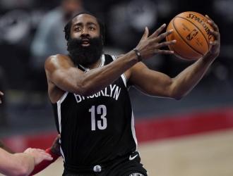Harden agregó 14 rebotes y ocho asistencias como líder del ataque de los Nets/Foto cortesía