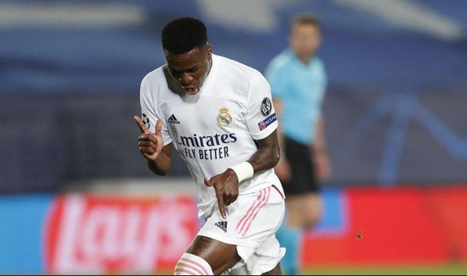 Vinicius marcó dos de los goles con los que el Real Madrid se impuso al Liverpool por 3-1 / foto co