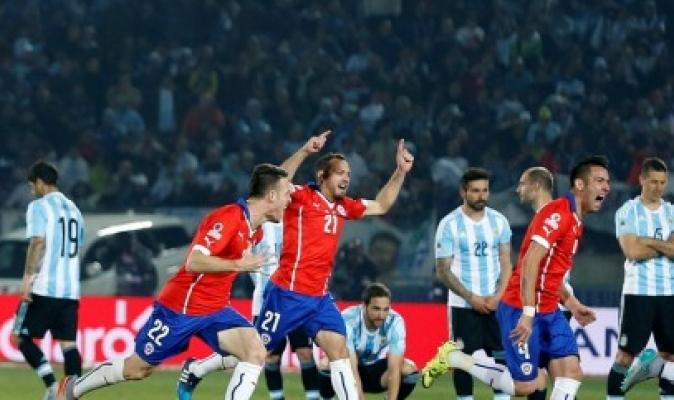 Domínguez: Copa América se juega con o sin público