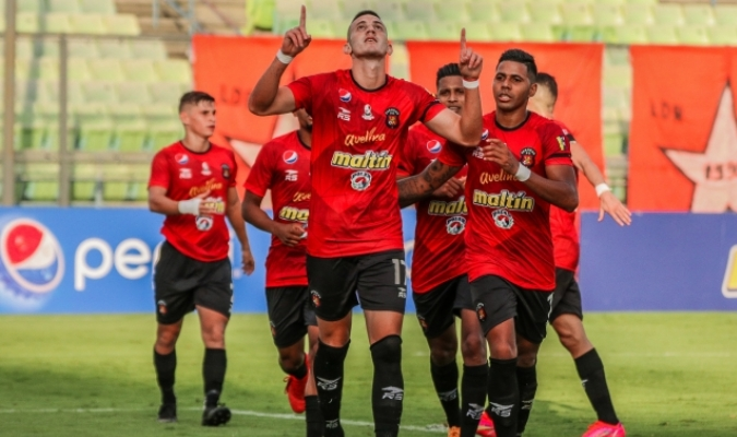 El delantero zuliano emitió su primera factura| Prensa Caracas F.C.