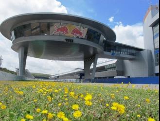 El Mundial de motos eléctricas se unirá en Jerez al programa de carreras del Gran Premio / foto co