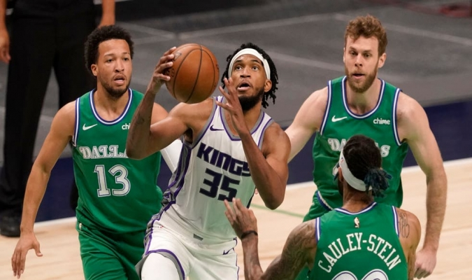 Los Kings nunca perdieron en los dos partidos en Dallas / foto cortesía