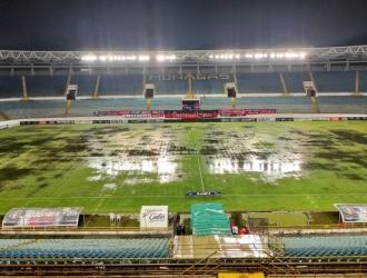 El terreno de juego se hizo difícil para jugar al fútbol| Prensa Monagas S.C.