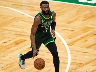 Los Celtics no proporcionaron un calendario para el regreso de Brown / foto cortesía