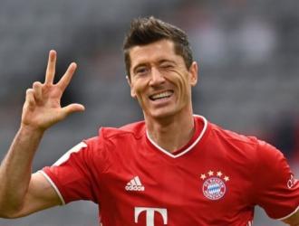 El goleador impuso un nuevo registro en la Bundesliga al marcar 41 goles/foto cortesía