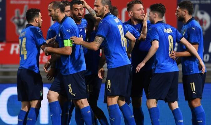 Italia buscará iniciar con victoria