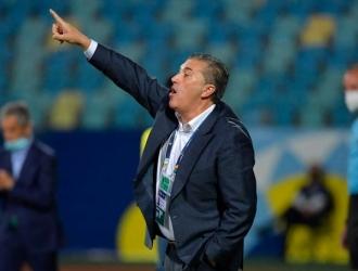DT recuerda que jugar sin referentes de ataque es imposible /CONMEBOL