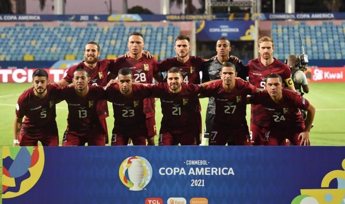 Dos variantes realizó Peseiro| @CONMEBOL