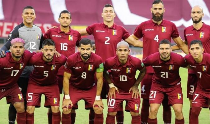 Seis titulares contra Uruguay vuelven para la Copa América  Prensa FVF