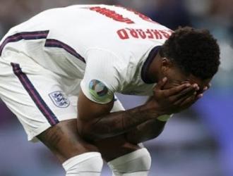 Jugadores ingleses se sienten decepcionados por su actuación en los penales