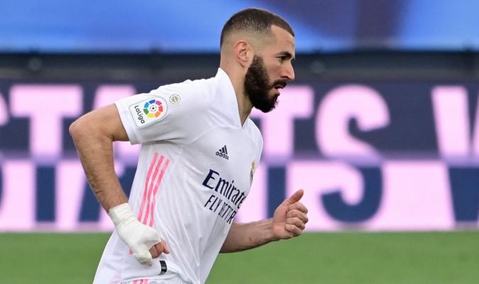 El Real Madrid confirmó este viernes en un comunicado que el delantero francés Karim Benzema ha da