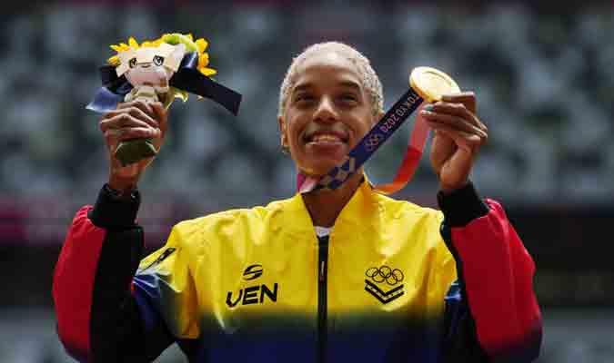 En ese lote se agregó la venezolana Yulimar Rojas con su récord mundial