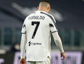 Su paso por el Juventus llega a su fin avalado por los títulos, pero no por el amor puro