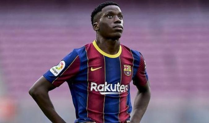 Llega tras su paso por el Barcelona