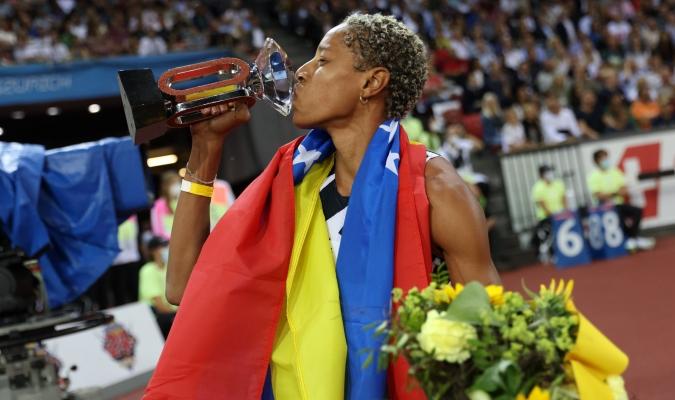 Todo se encuentra listo para recibir en el aeropuesto de Maiquetia a la atleta venezolana más exito