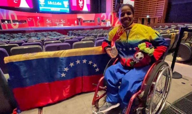 La medallista no podía creer que estaba tan lejos representando a su país / foto cortesía
