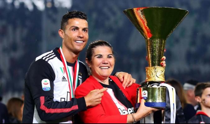 Dolores Aveiro explicó que, si no es Cristiano el que regresa a club de